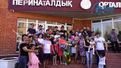 Photo of Көкшетауда туған үшемнің ата-анасы әкімдіктен қолдау сұрайды (ВИДЕО)